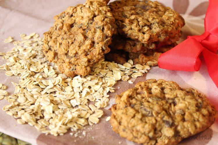 Biscotti vegani avena e cioccolato
