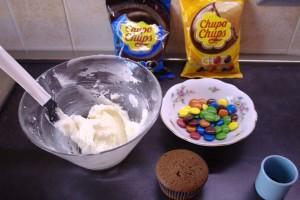 prep_chupa_chups_cupcakes_8
